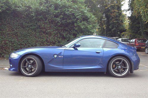 BMW Z4 3.0i Coupe Side Blue (1)
