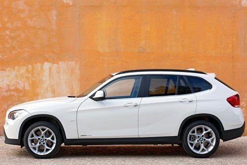 BMW X1 Side FL 700