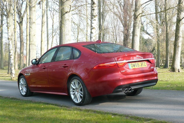 Jaguar XF 2.0d AWD R34 2 Trees Best