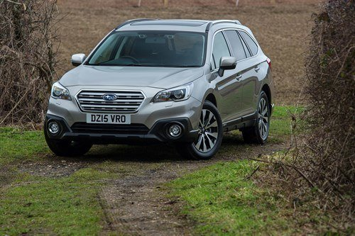 Subaru Outback 2015 On Slope