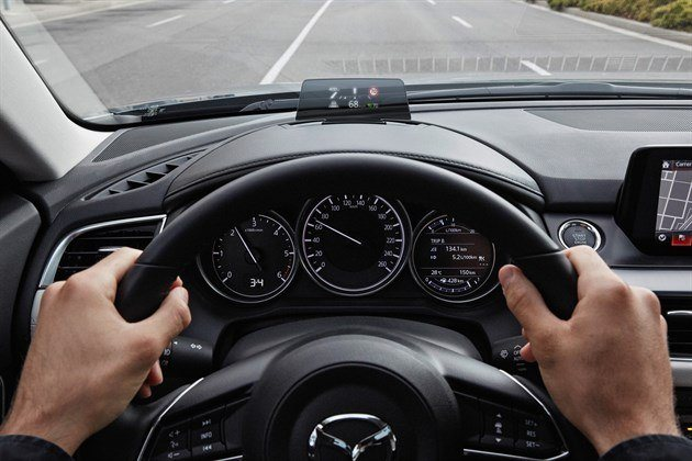 Mazda 6 Tourer 2017 Head Up Display