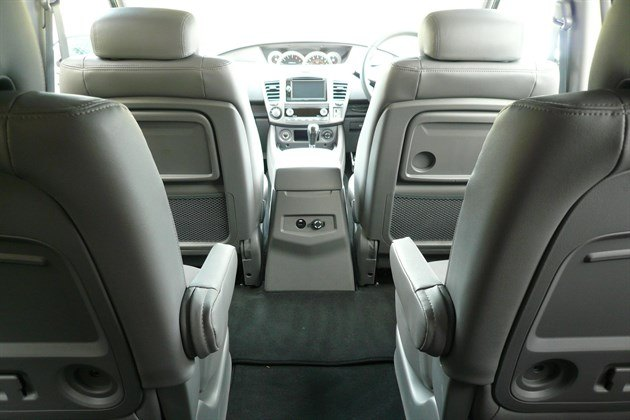 Ssang Yong Turismo Cabin Looking Forward (1)