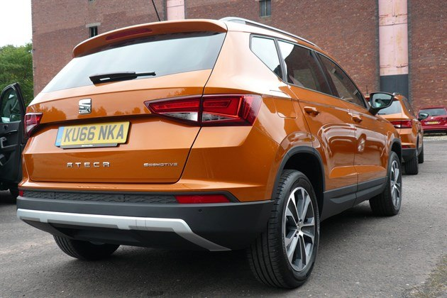 SEAT Ateca Orange R34 Carpark