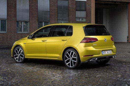 Volkswagen Golf 2017 (4)
