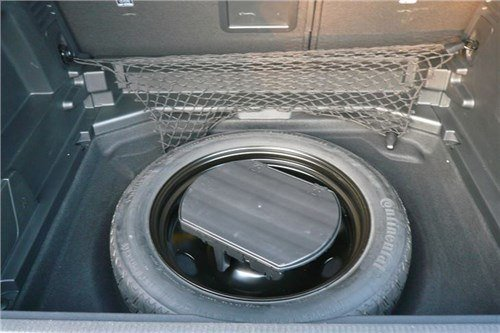 Peugeot -3008-8-space -saver -spare