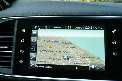 Peugeot 308 SW 2014 Touch Screen