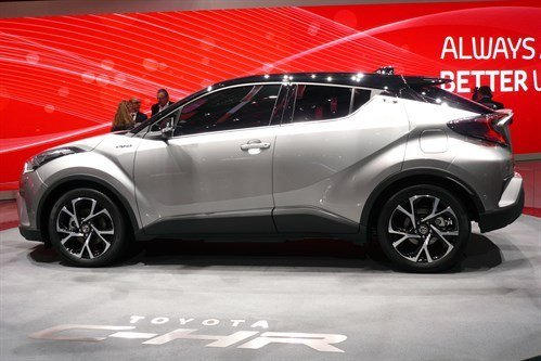 Toyota C-HR 3 2016 Side