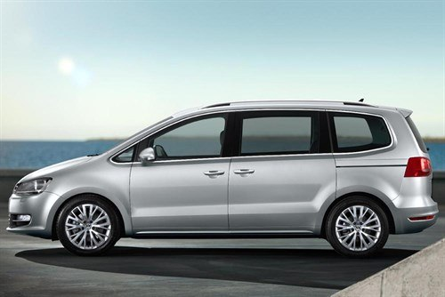 VW Sharan 2010 Side 700
