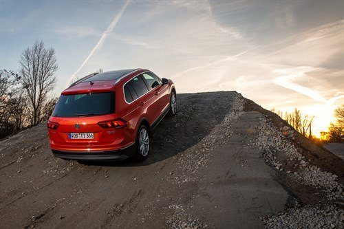 VW Tiguan 2016 Slope