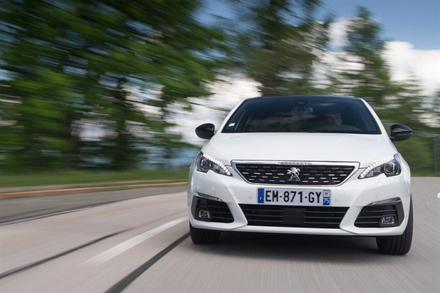 Peugeot 308 2017 Front White Speed