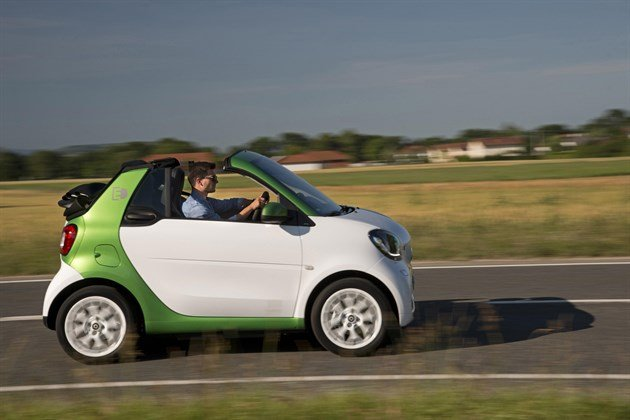 Smart For Two Electric 2017 Side Speed Country