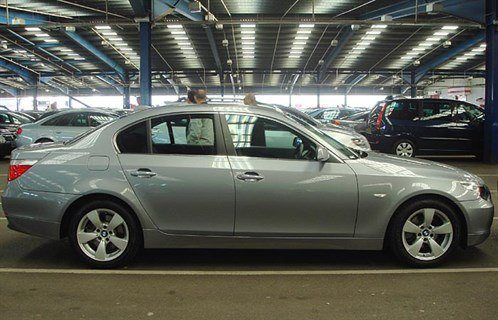 BMW E60 5-Series Side 700