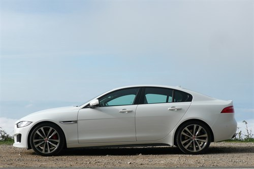 Jaguar XE Side
