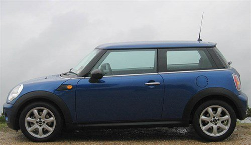 MINI One 07 Side 700