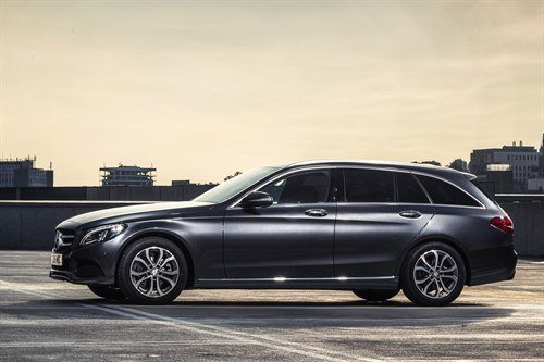 MB C Class Estate 2014 Side