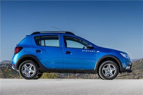 Dacia -Sandero -Stepway -side