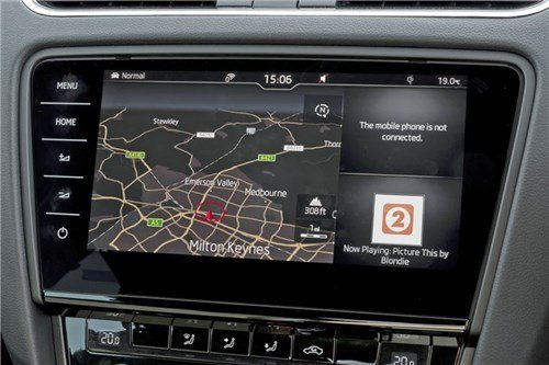 Skoda -Octavia -2017-satnav -screen