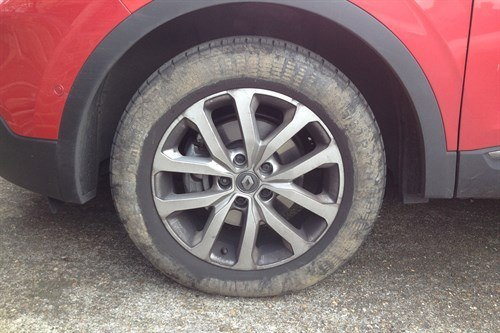 New Renault Kadjar LT Muddy Wheel (1)