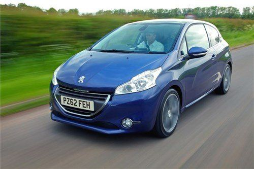 Peugeot 208 3 Door F34 Moving