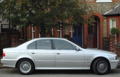 BMW E39 5-Series Side 700