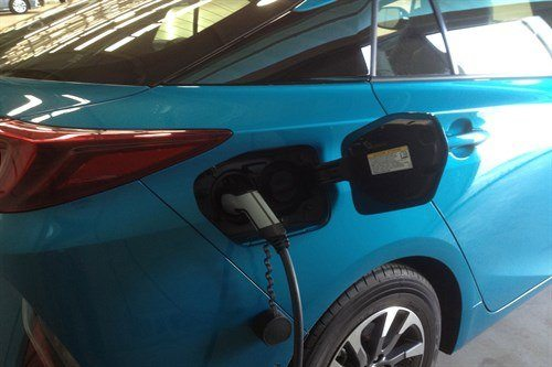 Toyota Prius Plugin 2017 Plugged In