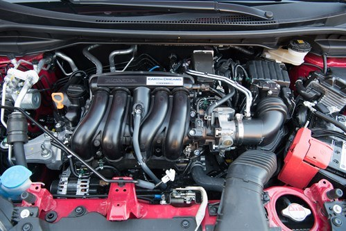 Honda Jazz 1.5i VTEC Sport Engine