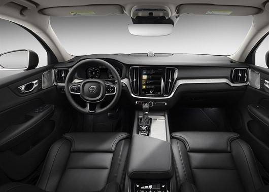 New Volvo V60 revealed