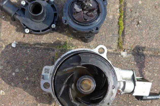 Skoda Octavia 2013 - Car Review - Good & Bad | Honest John