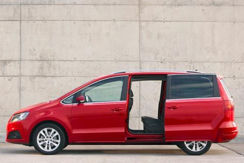 SEAT Alhambra II Red 2 Side 700 (2)