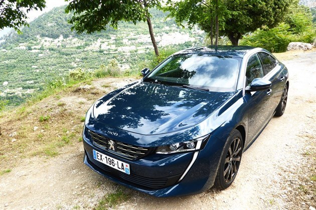 Peugeot 508 2018 F34 From Top Blue (1)