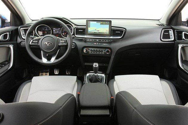 KIA Ceed 2018 Dashboard (1)