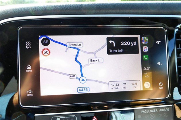 Mitsubishi Outlander PHEV 2019 Satnav Screen