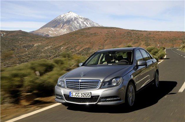 Photo Mercedes C-Clsss 2011 F34 Monuntains Background