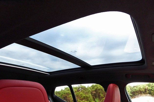 Volvo XC40 T23 2018 Glass Roof