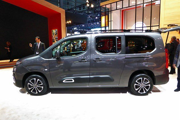 Citroen Berlingo 2019 LWB Side Copy (1)