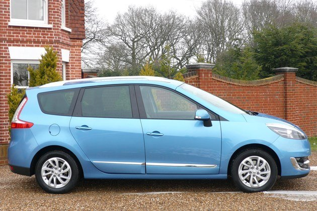 Renault Scenic 2012 Side 700