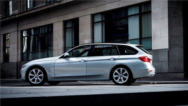 BMW 330D Touring 2012 Side