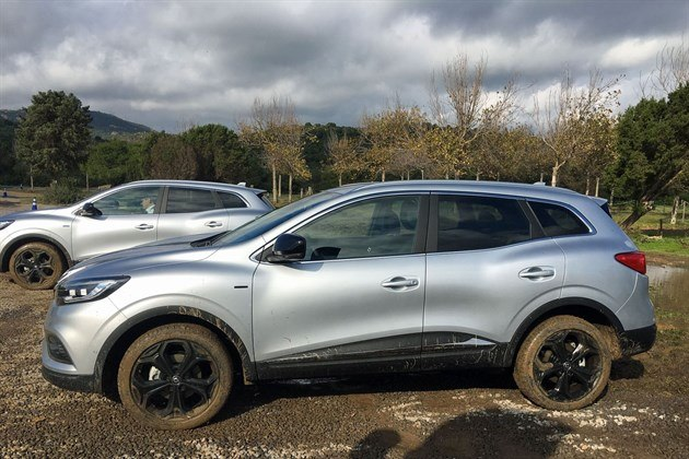 Renault Kadjar 2019 4WD In Mud Bath