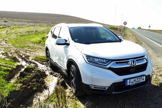 Honda CR-V Hybrid 2019 10 F34 Off Road