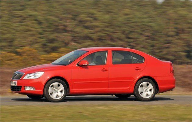 Skoda Octavia C 2011 Side Speed Red