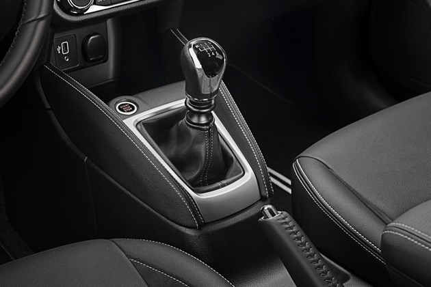 Nissan Micra 2019 Gearlever And Handbrake