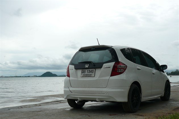 Honda Jazz Prachuap 3