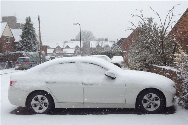 BMW 320d ED 2012 Side , Snow (1)