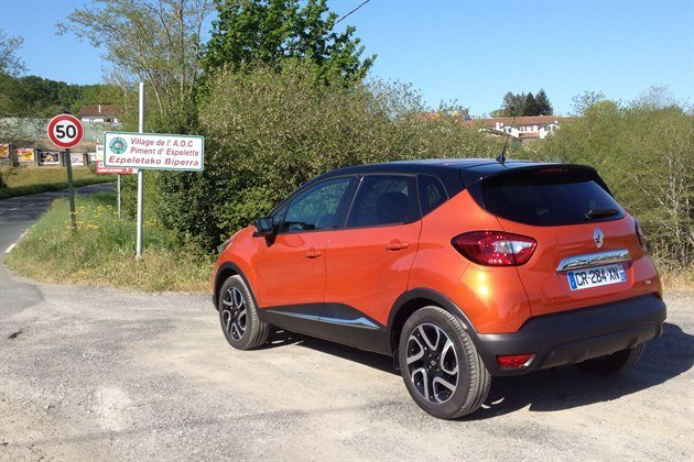 Renault Captur R34 Orange Copy