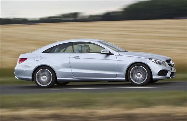 Mercedes E-Class Coupe 2013 Side Speed