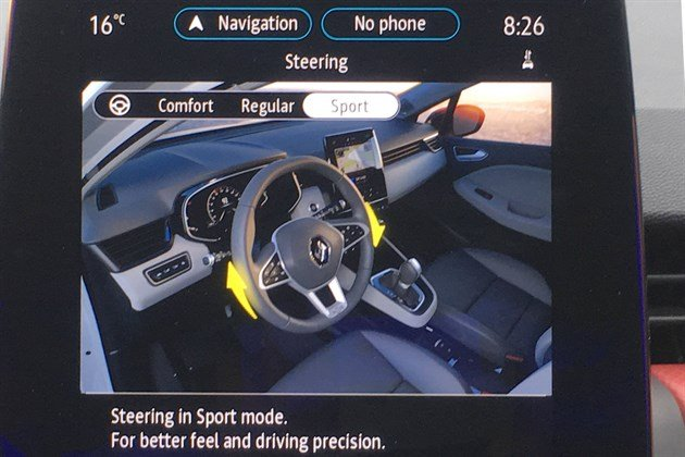 Renault Clio V Steering In Sport Mode (1)