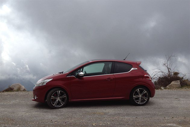 Peugeot 208GTI T Side 2 Mountain