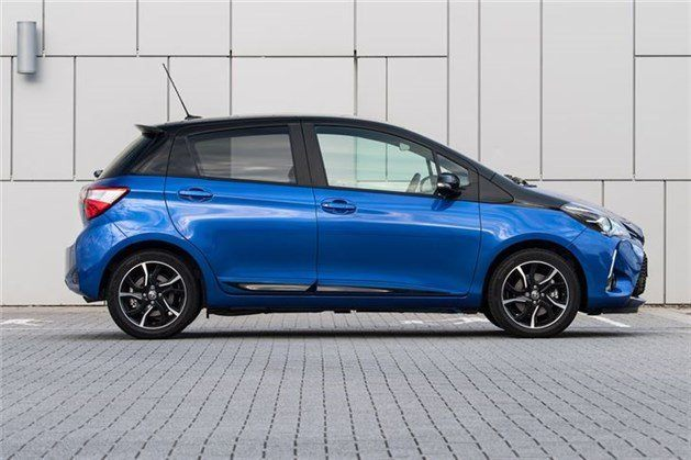 Toyota Yaris 2017 Side Blue