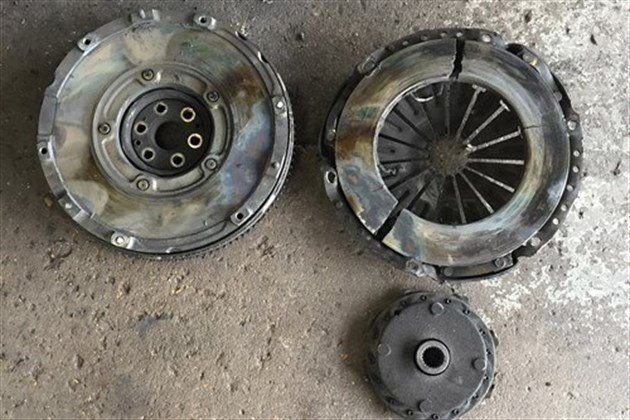 Ford C-Max Clutch At 3,900 Miles (2)