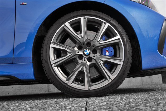 BMW 1-Series 2019 9 19-inch Wheel